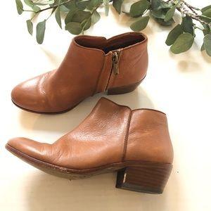 Sam Edelman Petty brown ankle booties zip up 6